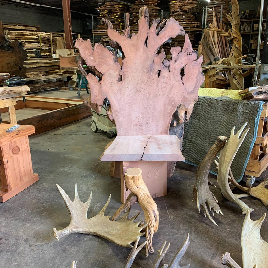 Wild redwood rustic throne without arms.
