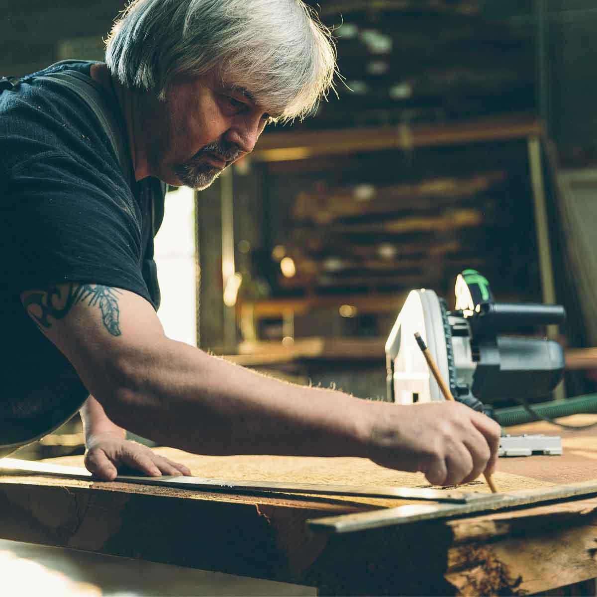 Furniture maker Kelly Maxwell
