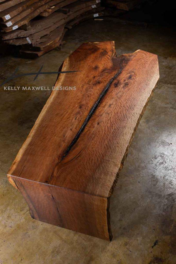 Fiddle back wood grain pattern.
